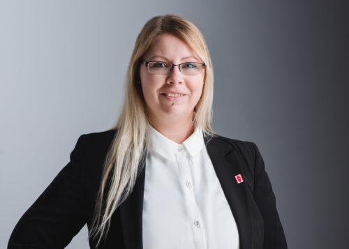 Sonja Löffler Personalreferentin bei Butz und Neumair Aufzugbau
